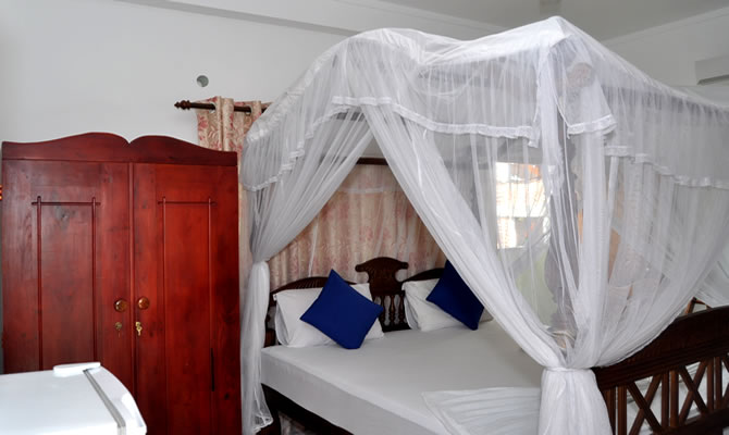 Guesthouse Negombo A/C Deluxe Rooms